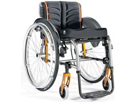 Quickie Life R Manual Wheelchair