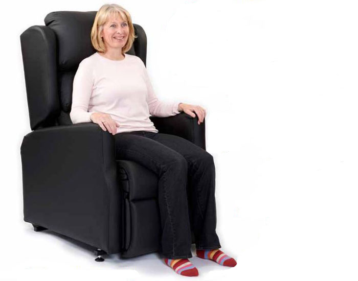 Modulo Riser Recliner Chair