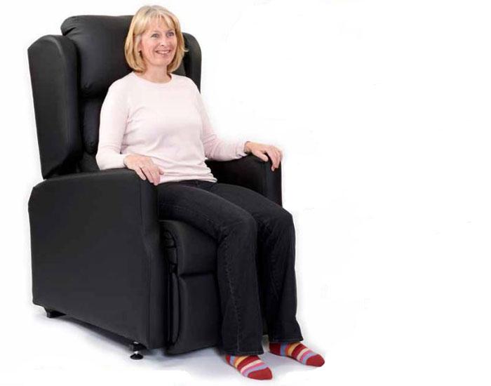 Modulo Riser Recliner Chair